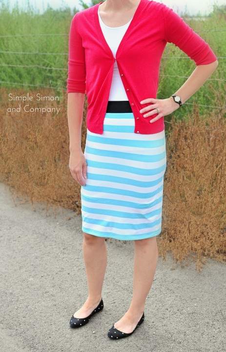 Knitting Skirt Tutorial : Easy knit skirt tutorial simple simon and company