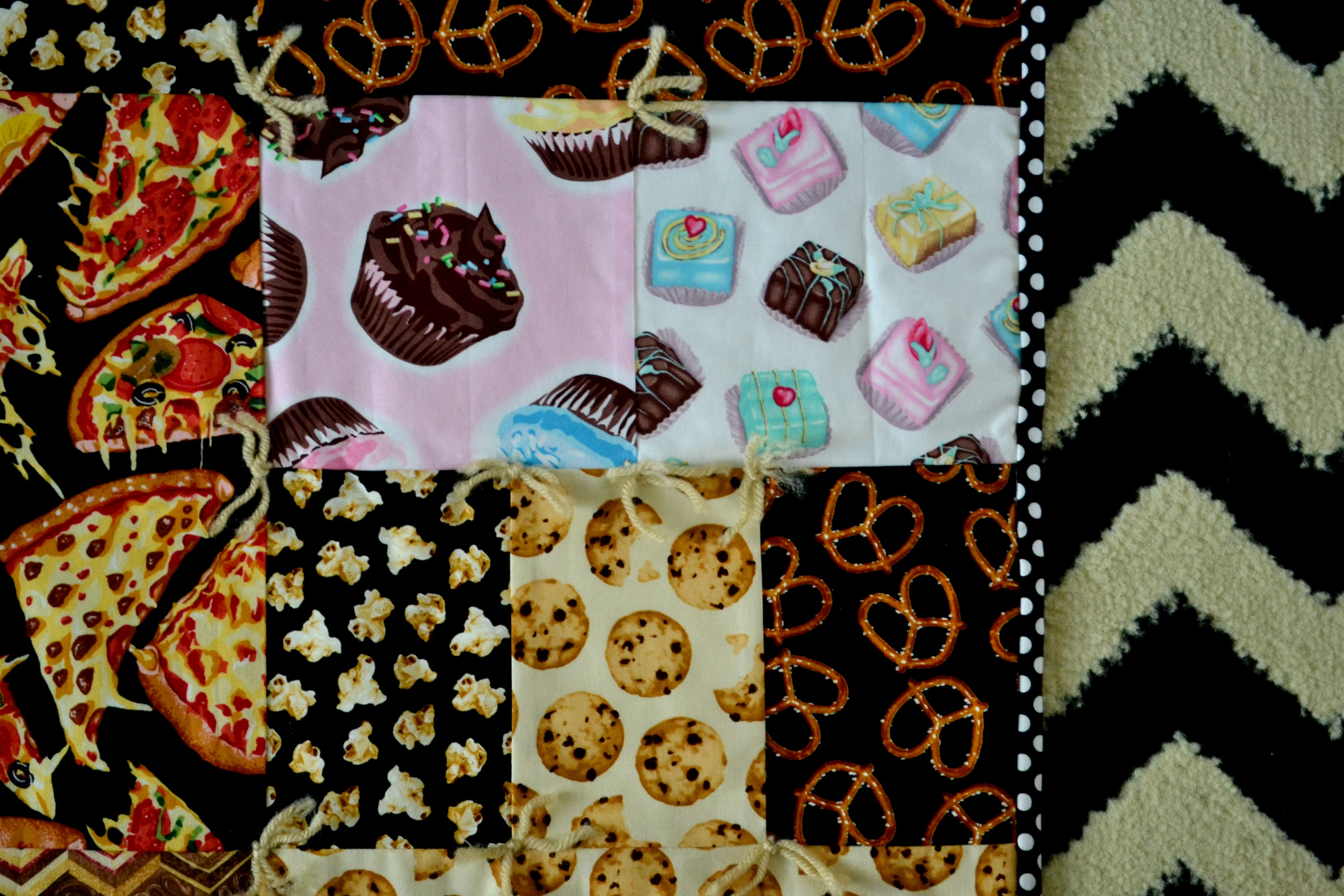 Family Movie Night Quilt: Sewing with Novelty Fabrics - Simple Simon ...