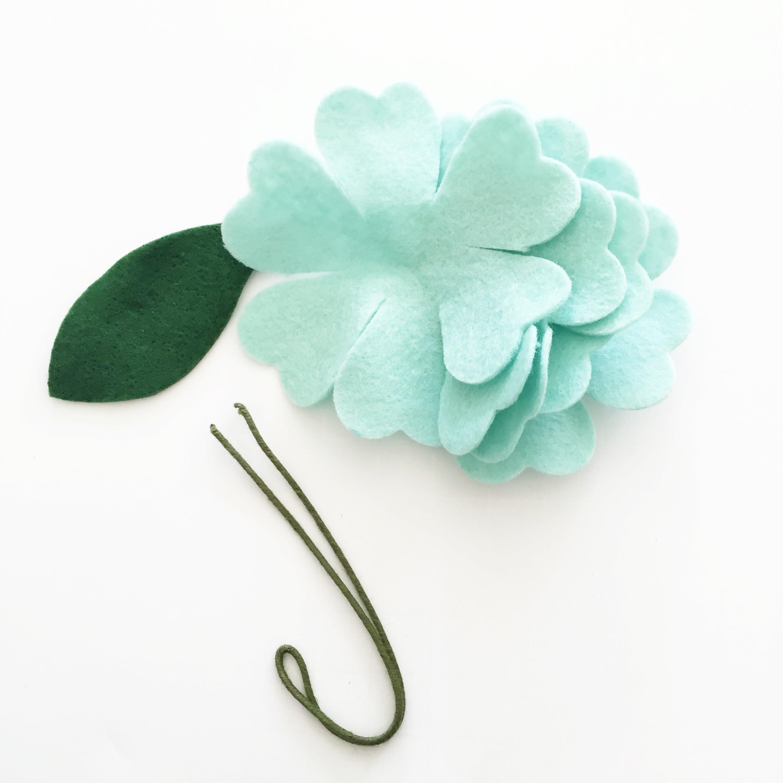 DIY Felt Flower Bouquet Tutorial | AccuQuilt : AccuQuilt