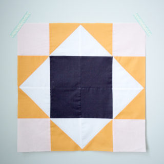 kings court quilt block