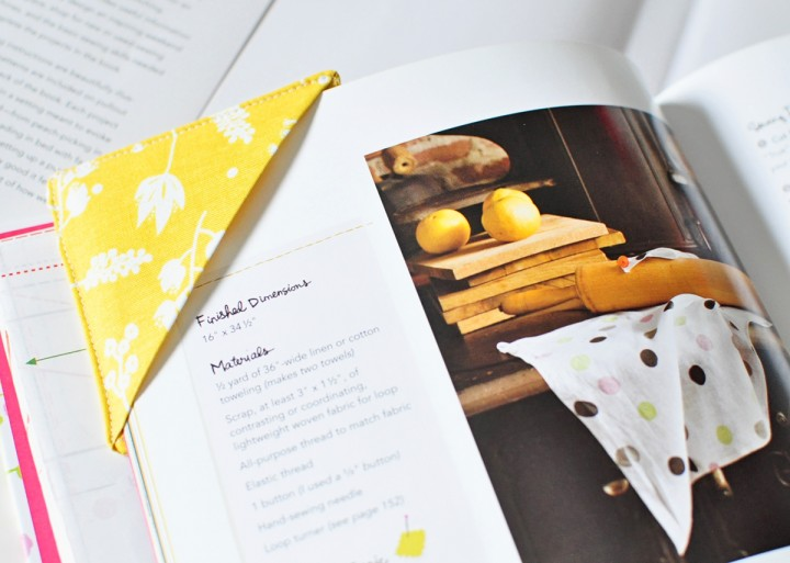 easy fabric bookmark without words
