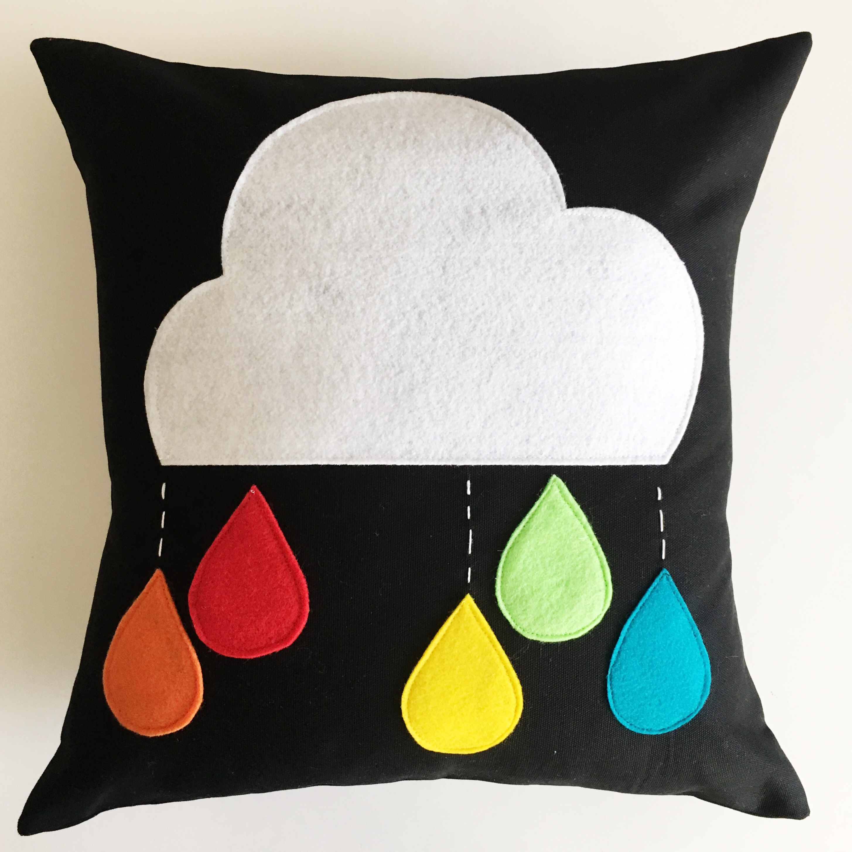 How To Make A Cloud With Raindrops Pillow Simple Simon